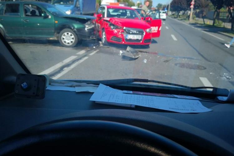 Accident pe Corneliu Coposu. Șoferul a fugit - FOTO