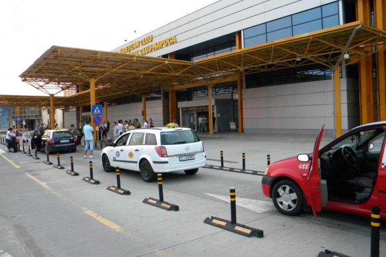 """Boc le declară război taximetriștilor """"rechini"""" de la Aeroportul Cluj"""