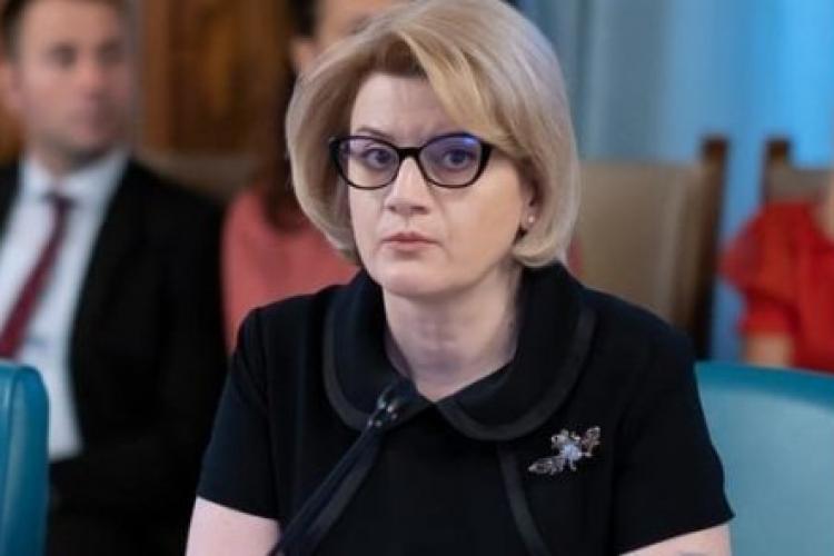 Gabriela Ciot, propunerea pentru postul de comisar european, a plagiat o lucrare alături de Vasile Pușcaș