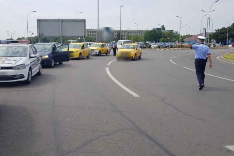 Razie de amploare la taximetriștii din aeroporturi. Câte amenzi s-au dat