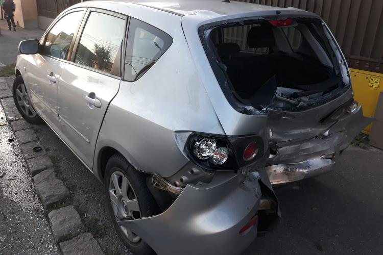 Accident cu trei mașini în Someșeni. Șoferul vinovat avea o alcoolemie RECORD FOTO