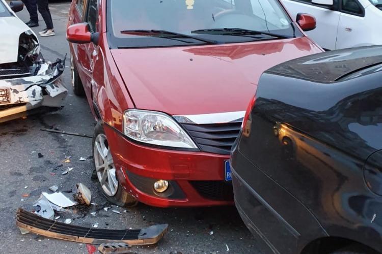 Accident in lanț pe Dorobantilor, cu patru masini implicate - FOTO