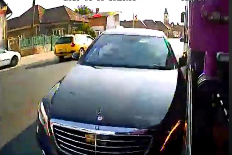 Florești: Și-a nenorocit super Mercedesul pe DN1, reabilitat de CNAIR: E capcană pentru șoferi  - VIDEO