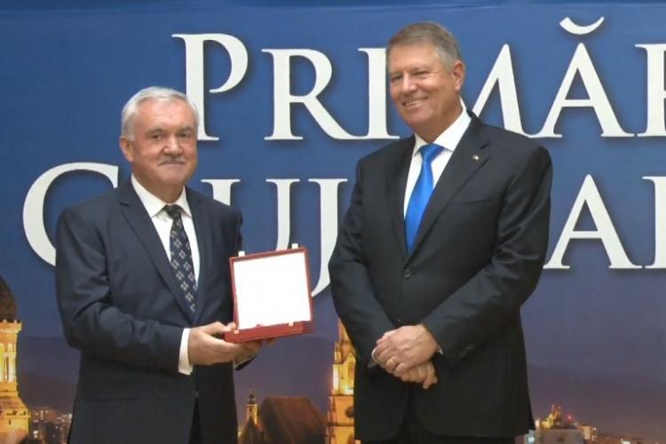 Iohannis a decorat toate cele șase universități clujene - FOTO