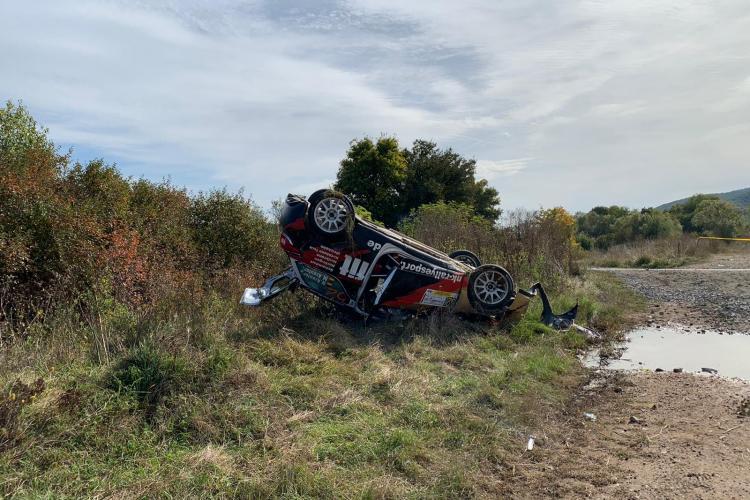 Numeroase abandonuri ziua doi de la Transilvania Rally 2019. Mai multe echipaje s-au răsturnat cu mașinile FOTO