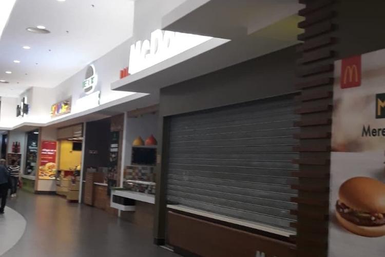 """Marea redeschidere la VIVO Cluj, din 17 octombrie, cu gândaci la Food Court: """"Noi formăm marea familie a Clujului"""""""