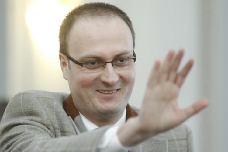 Ce avere are Alexandru Cumpănaşu. Venit anual de 1.1 milioane lei şi șase case