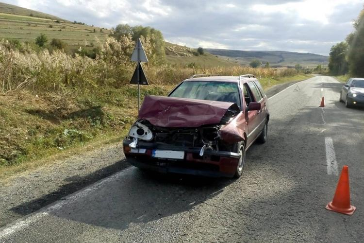 CLUJ: Accident cu două victime, cauzat de un șofer de 75 de ani FOTO