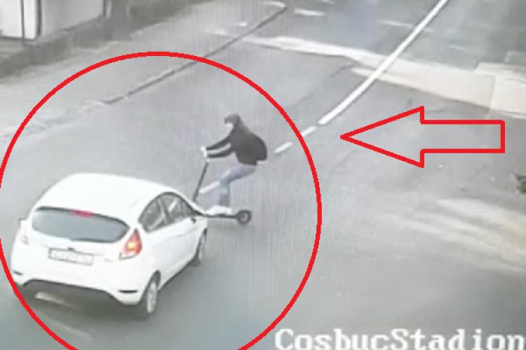 VIDEO LIVE - Femeie pe trotinetă lovită de mașină la Cluj. Totul a fost FILMAT