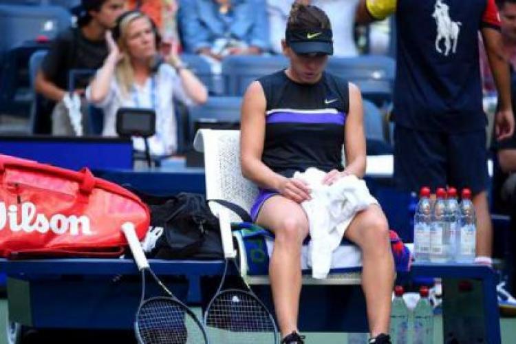Simona Halep, nevoită să se retragă de la Wuhan. S-a accidentat în meciul din optimi