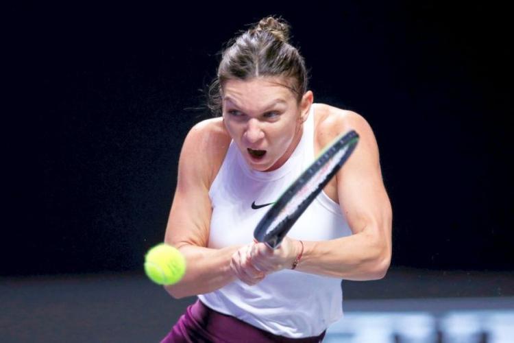 Simona Halep a invins-o pe Bianca Andreescu, la Turneul Campioanelor 2019 - VIDEO