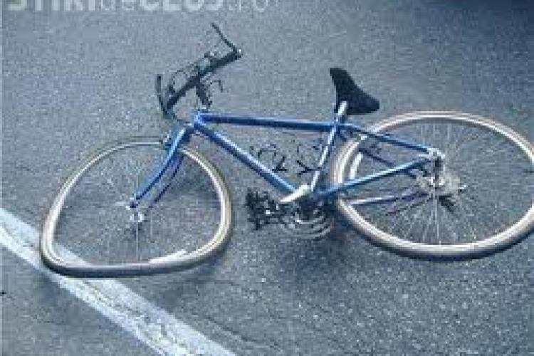 CLUJ: Biciclist beat, rănit în urma unui accident rutier