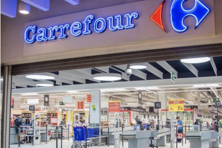 Cluj: Produse care pun în pericol sănătatea consumatorilor la Carrefour