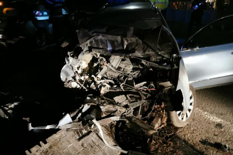 Accident grav la Topa Mică. BMW făcut praf - FOTO