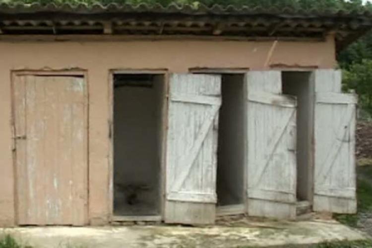 Cinci școli din Cluj vor fi racordate la apă potablă. Minunile se întâmplă de alegeri