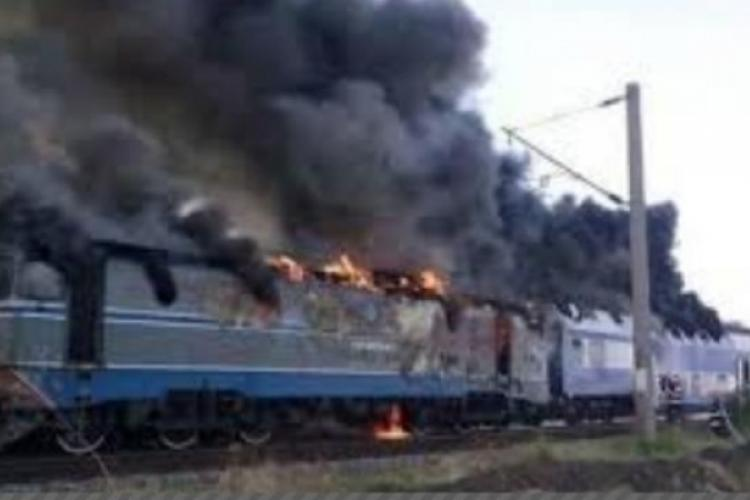 O locomotivă a luat foc în Gara Apahida