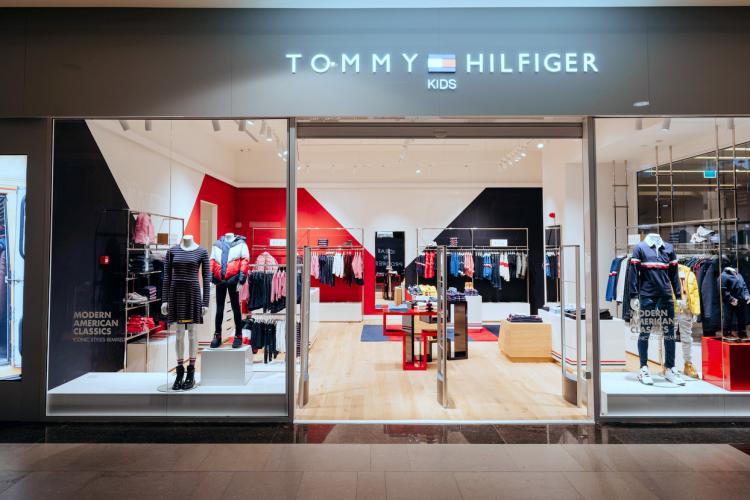 În Iulius Mall Cluj s-a deschis primul magazin Tommy Hilfiger Kids din Cluj-Napoca