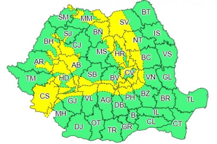 Cod galben de vijelii și vreme rea în mai multe județe din țară. Clujul este afectat