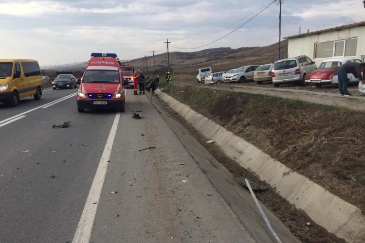 Accident pe varianta ocolitoare a Clujului! Doi șoferi au ajuns la spital FOTO