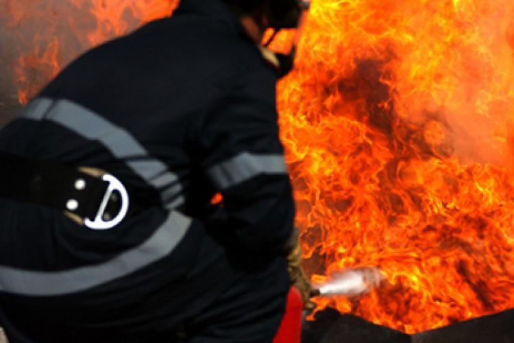 Incendiu pe strada Paris, din Cluj-Napoca