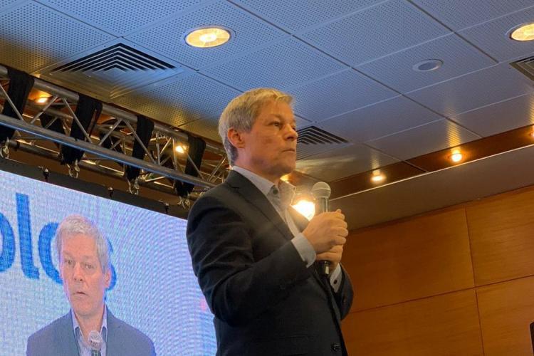Dacian Cioloș vrea ca pădurile să fie supravegheate prin satelit si cu ajutorul dronelor