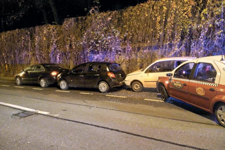Accident în lant pe Clinicilor, cauzat de un șofer beat FOTO