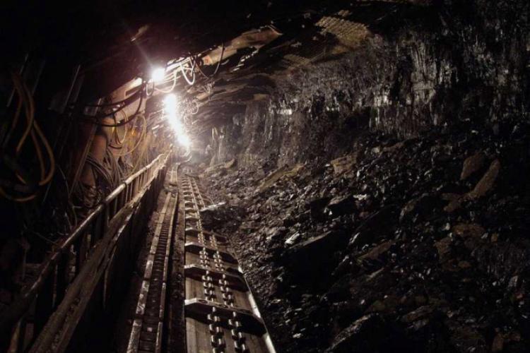 Minerii din Dej s-au blocat în subteran