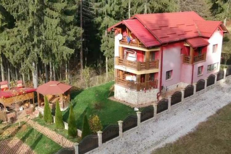 VIDEO cu vila cât o pensiune a Vioricăi Dăncilă. Fostul premier a mințit și a spus că are o căsuță în construcție