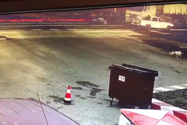 Imagini LIVE cu accidentul de la Cluj, unde un camion a omorât un bărbat și o femeie însărcinată - VIDEO