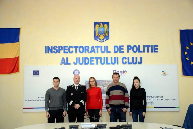 Clujenii care l-au oprit pe tâlharul din Gheorgheni, felicitați de IPJ Cluj FOTO