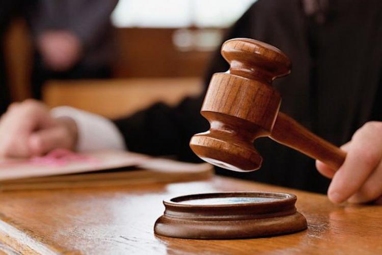 Caz halucinant în România! Pedeapsă redusă pentru un bărbat care și-a abuzat sexual fiica de 13 ani