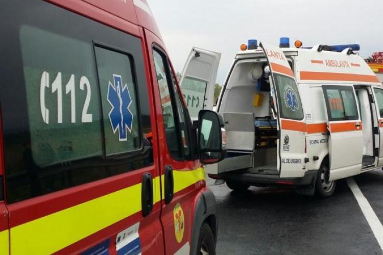 Cluj: Accident intre un autocar și o mașină pe Autostrada A3
