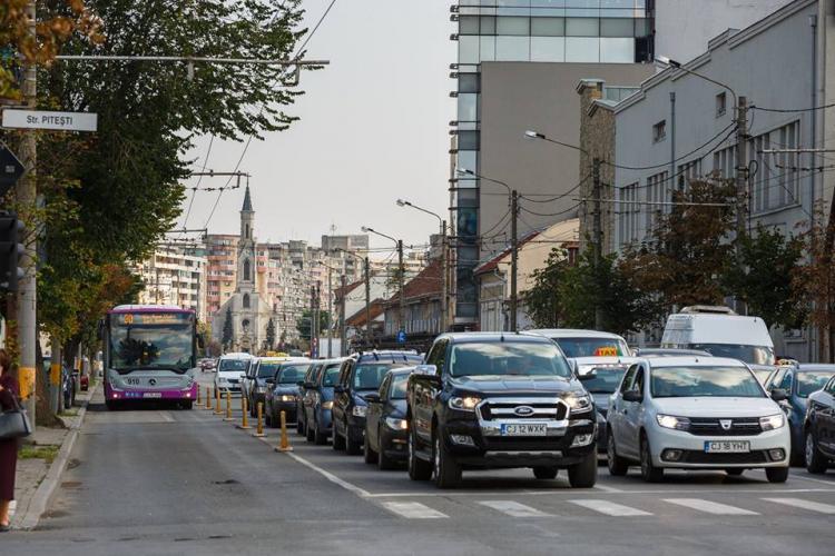 Razie de amploare în trafic, la Cluj-Napoca! Polițiștii au vizat șoferii care merg pe benzile de transport în comun