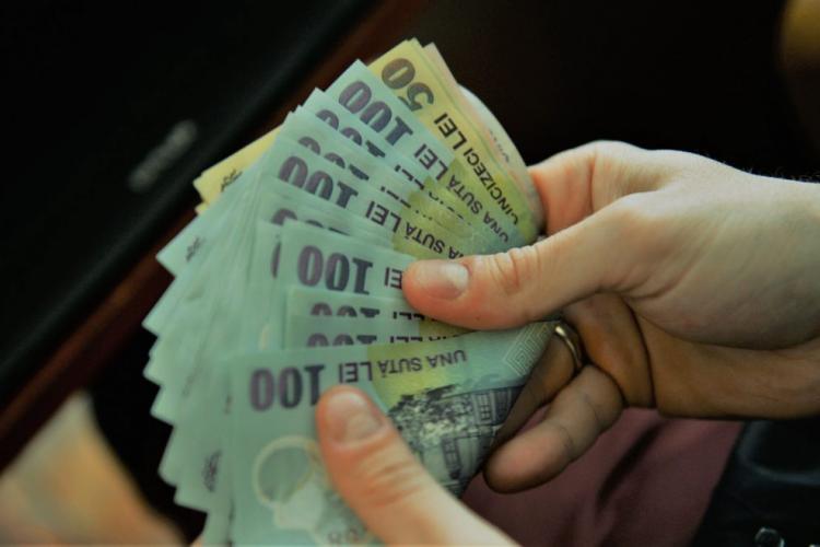 Iohannis crede că majorarea salariului minim este o necesitate