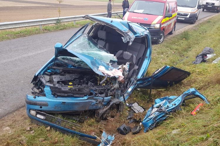 UPDATE Accident grav, cu multiple victime, pe un drum din Cluj! O femeie a decedat FOTO