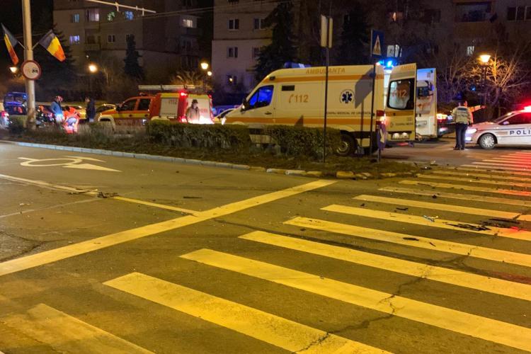 Accident cu trei victime pe strada Fabricii. Unul dintre șoferi era băut FOTO