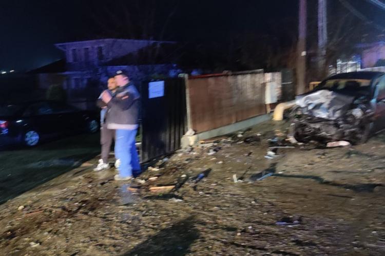 Accident grav la Apahida! Un adolescent de 17 ani a furat o mașină și a făcut ravagii pe drum FOTO