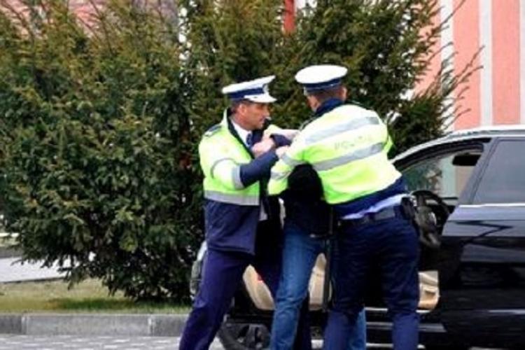 Șofer trimis la Gherla pentru că circula fără permis. E recidivist