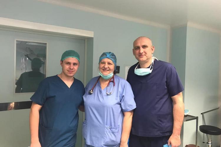 Rinichi aduși la Cluj pentru transplant de la un tânăr decedat la Oradea - FOTO