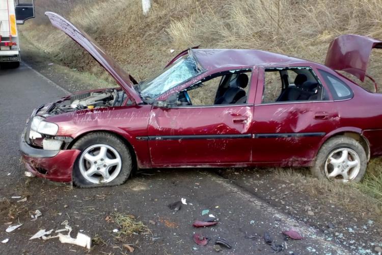 Accident pe un drum din Cluj! O fetiță de 13 ani a ajuns la spital FOTO