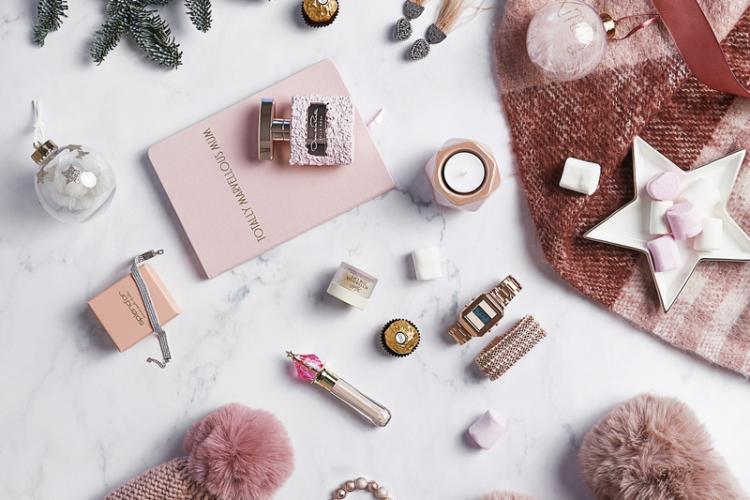 Mai mult decât cadouri: povești cu inspirație, în catalogul online lansat de Iulius Mall Cluj