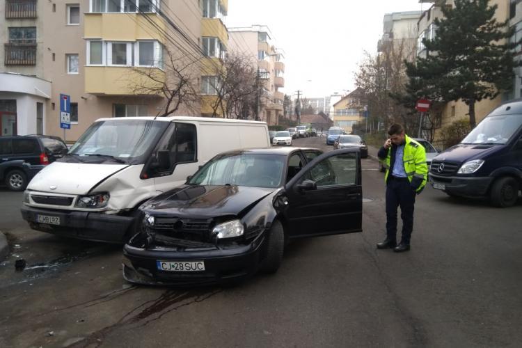 Vitezoman polițist a provocat un accident: I-am făcut semn să meargă mai încet, dar degeaba - FOTO