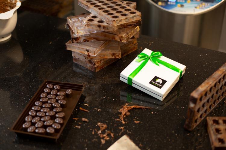 Sao Thomé, praline de ciocolată belgiană produse manual în Cluj. Standul ciocolateriei artizanale e acum în Vivo!