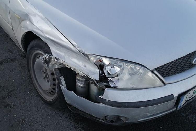 """Șofer pe contrasens pe Autostrada Transilvania: """"Am intrat în parapet din cauza ta!"""""""