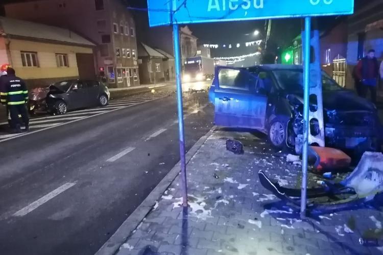 Accident în Huedin. Patru persoane au fost rănite - FOTO