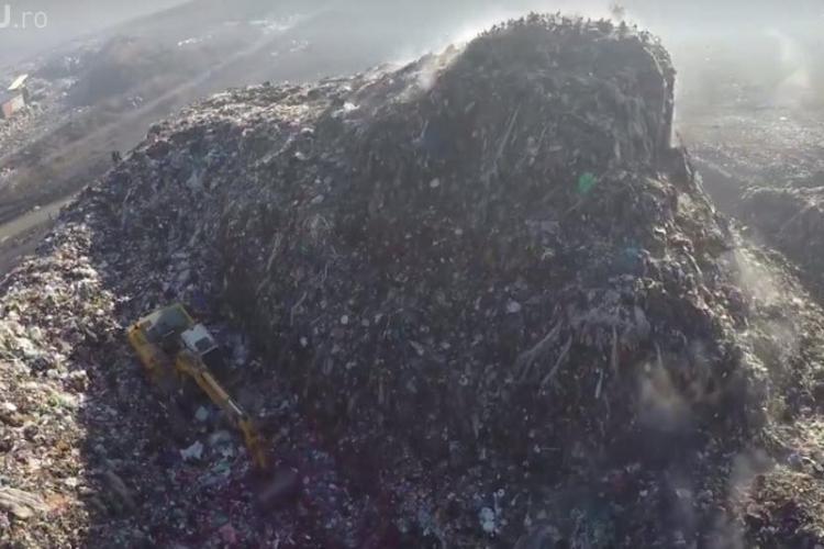 """Tișe se laudă că a închis rampa de la Pata Rât. Clujenii îi răspund că """"pute"""" a gunoi în tot Clujul"""