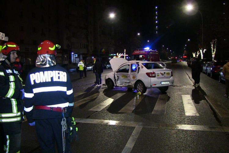 Accident pe Calea Florești in care a fost implicat un taxi - FOTO