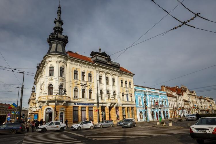 Primăria Cluj continuă supraimpozitarea cu 500% a clădirilor degradate din centrul orașului