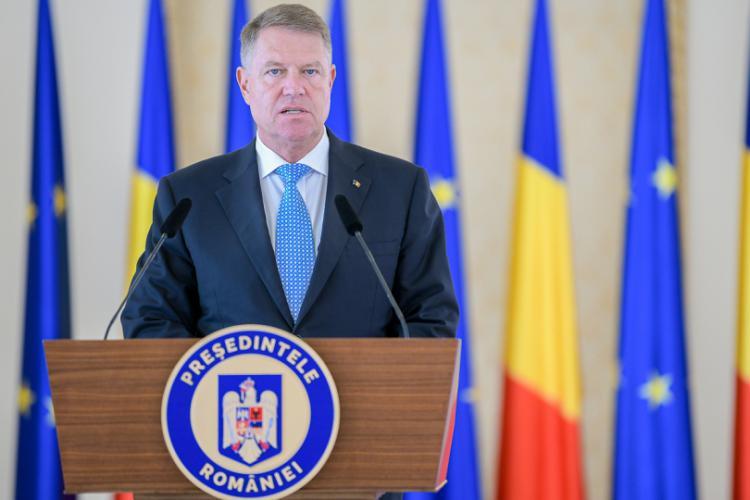 """Iohannis este de acord ca """"primarii să fie aleşi în două tururi"""""""