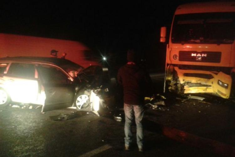 Accident lângă Dej! S-a scurs combustibil dintr-un camion